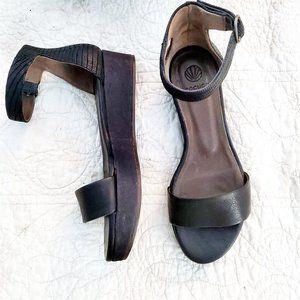 COCLICO Spain Basil Black Leather Flatform Sandal